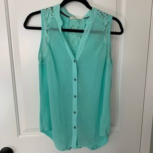 EUC Rewind Sheer lace button up tank